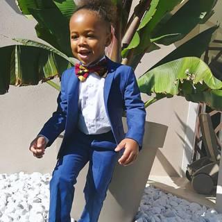 ʟɪᴛᴛʟᴇ ɢᴇɴᴛʟᴇᴍᴀɴ Un petit look chic et branché signé #lespetitsmecs🕴 📸 @lywenn_._   #lespetitsmecs #costume #babyboy #littlegentleman #wedding #kidsmodel #communion #mariage