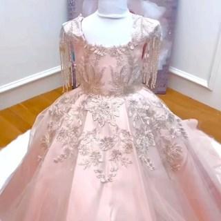 Little princess dress ✨ Une sublime robe pour vos petites princesses à découvrir dans nos boutiques #linkinbio 💕  #lespetitsmecs #ezdacollection #robedeprincesse #weddingdress #dressforkids #mariage #robebebefille #filledhonneur #communion